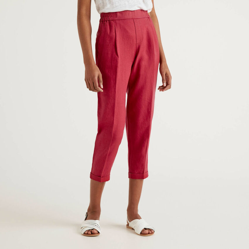 Cropped trousers in 100% linen