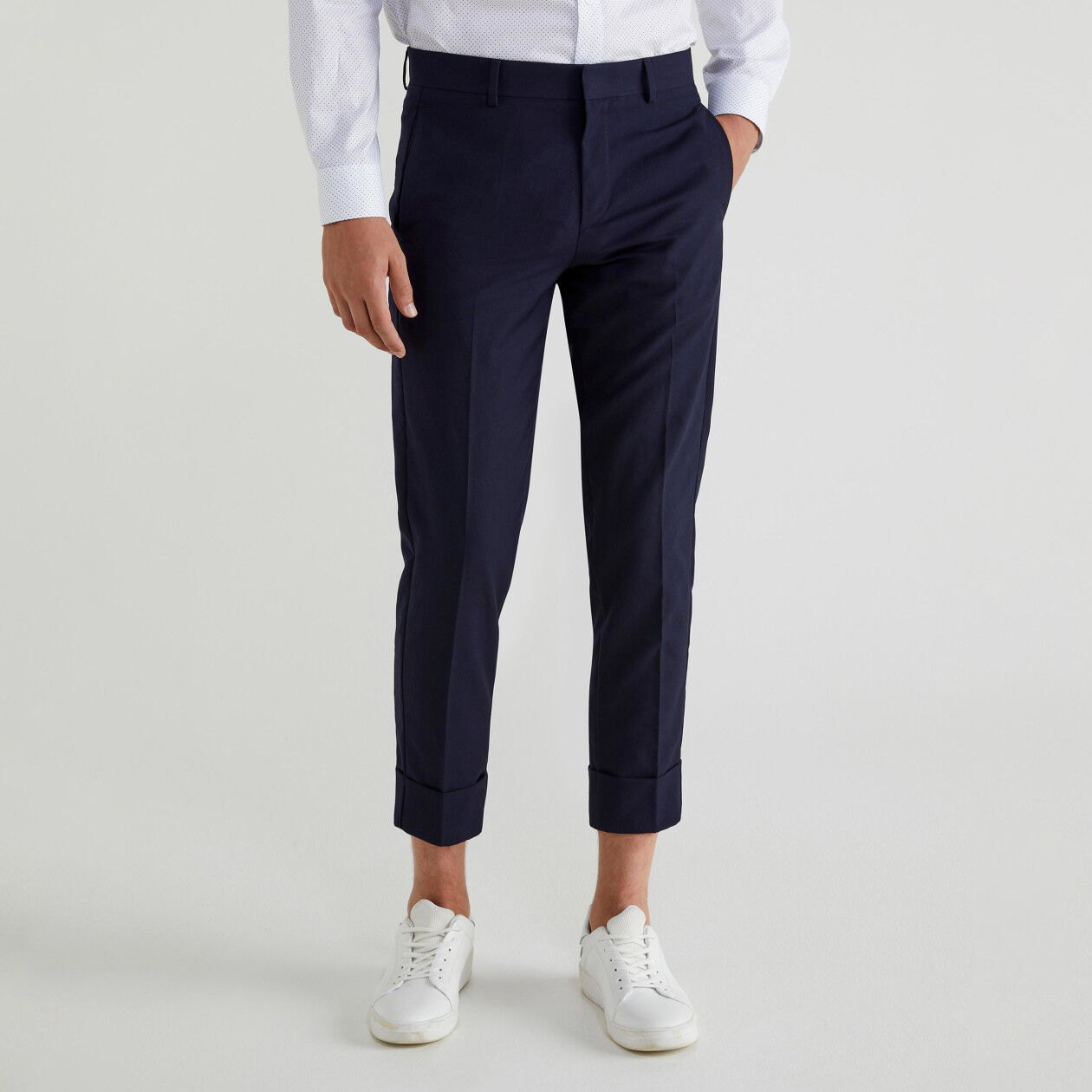 Chinos with crease and cuffs