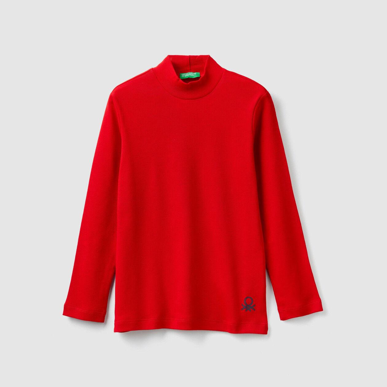 Ribbed knit turtleneck t-shirt