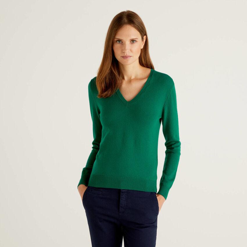Dark Green V-neck sweater in pure virgin wool